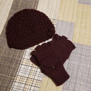 691428a3a2c40 Dark purple beanie and mitten set